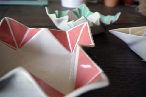 Origami-Schalen von moij design | raupenblau